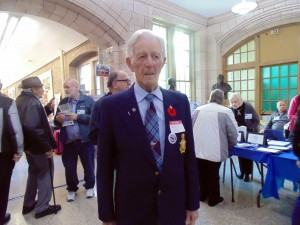 Albert Wallace, who never graduated, returned to the school he attended for one year in 1938. Many alumni took advantage of the occasion to reconnect with people that they have not seen in years.
